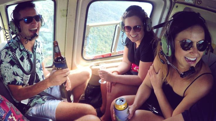 Cairns Helicopter Pub Crawl - Cairns Helicopter Flights
