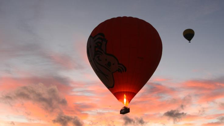 Hot air balloons Cairns and Port-Romantic flights