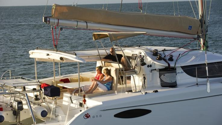 Great Barrier Reef Charter Boats - Port Douglas - Queensland - Australia