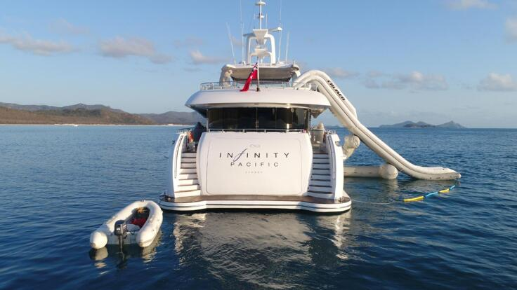 Yacht Charter Hamilton Island - Superyachts Great Barrier Reef