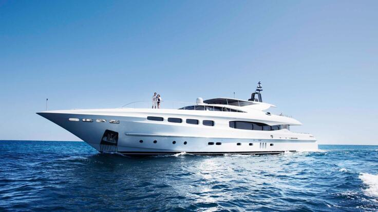 Yacht Charters Great Barrier Reef