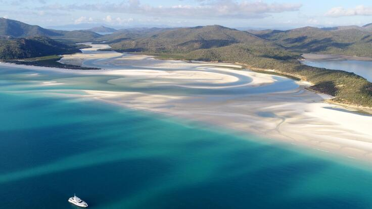 Whitsunday Superyacht Charter - Great Barrier Reef - Whitehaven Beach