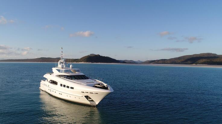 Superyachts Great Barrier Reef - Whitsunday Charter Yacht
