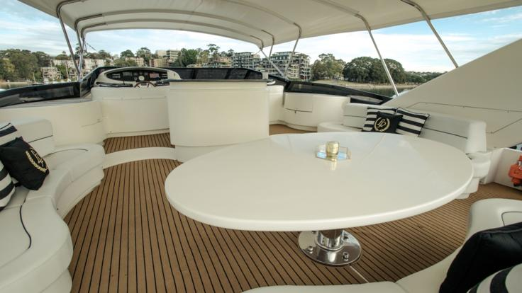 Superyachts Great Barrier Reef - Sundeck - Whitsunday Superyacht Charter