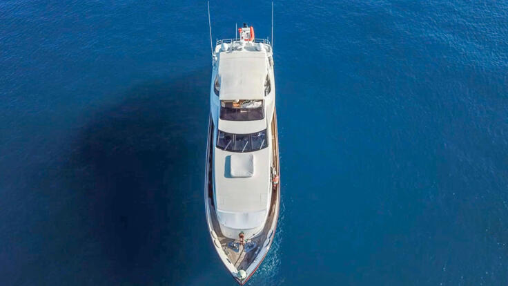 Superyacht Charter Airlie Beach - Aerial View of Superyacht