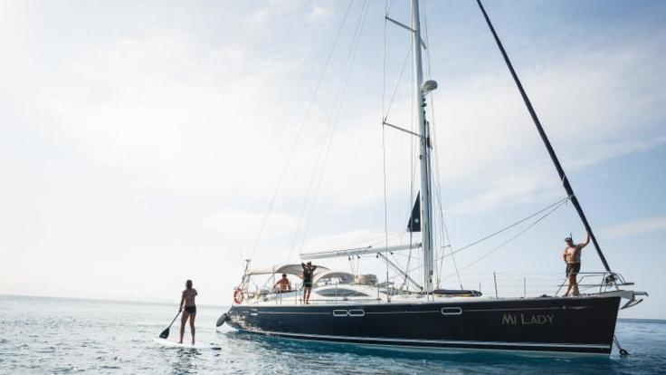 Private Charter Yacht Airlie Beach | Stand Up Paddle Board | Snorkel | Whitehaven Beach