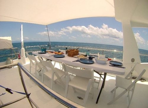 Port Douglas Yacht Charter - Alfresco Lunch Set up