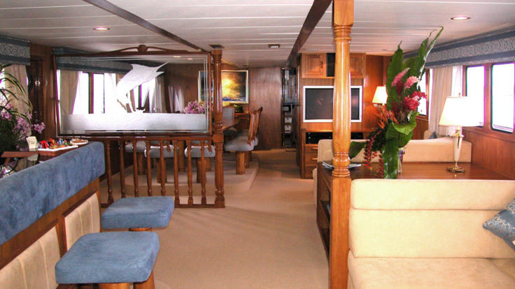 Luxury Private Charter Boat Lounge| Whitsunday Private Charter Yacht - Great Barrier Reef in Australia