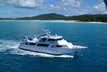 Superyacht Whitsundays - Great Barrier Reef - Australia