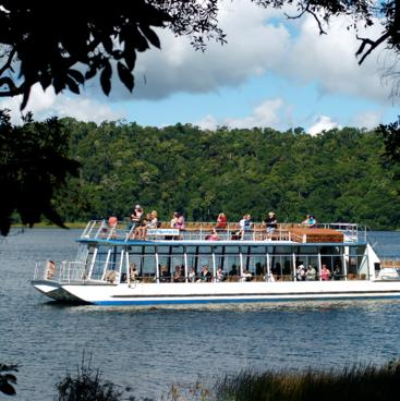 Lake Berrine wildlife cruise, Tropical North Queensland
