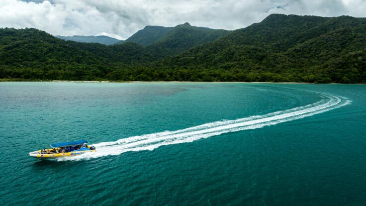 Aerial View Fast Jet Boat - Snorkel Tour to 2 Reefs