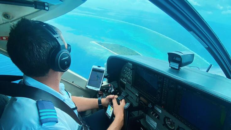 Lady Elliot Island Tours - Pilots View From Cockpit