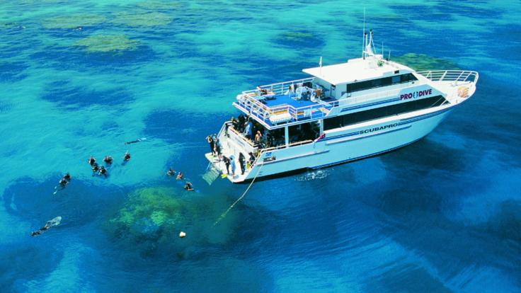 Aerial view of dive boat on the Great Barrier Reef in Australia