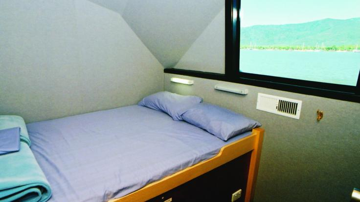 Double accommodation options on Liveaboard dive boat in Cairns