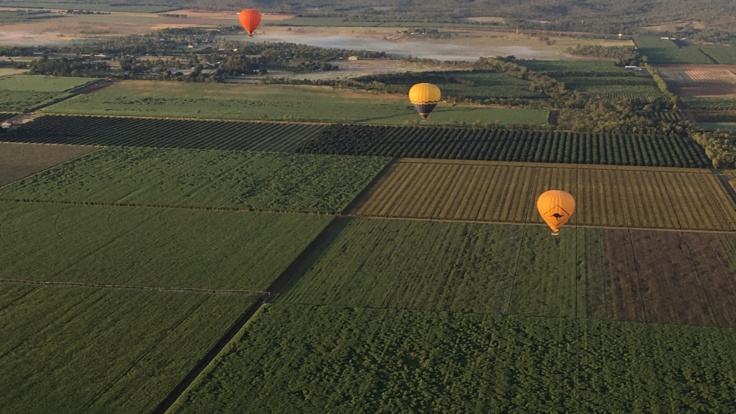 Mareeba Valley Outlook from your hot air balloon in Cairns
