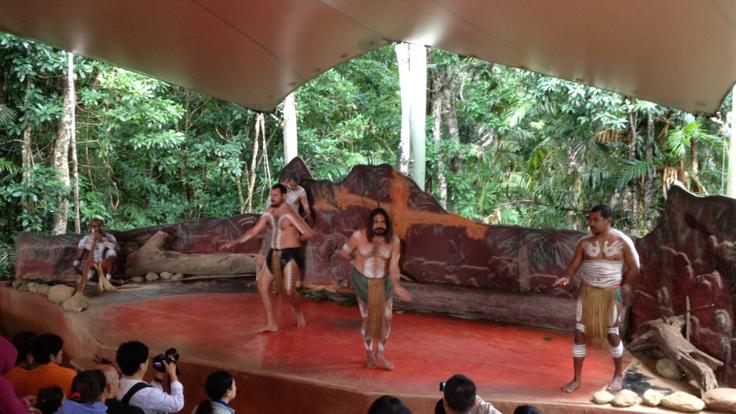 Aboriginal cultural experience - Kuranda Rainforestation nature park