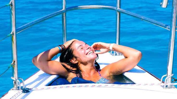 Charter Yachts Cairns - Relax in the Spa Tub on the forward Deck