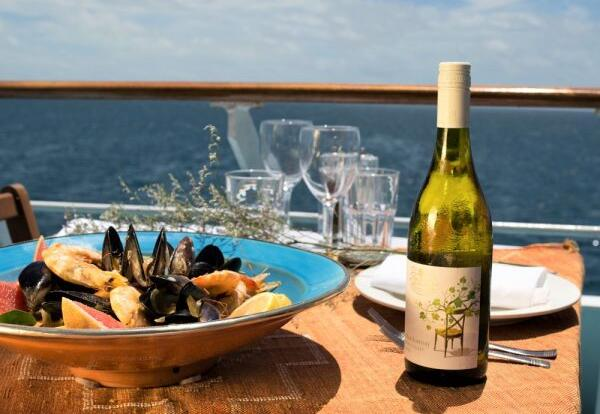 Dive Trips Cairns - Book A VIP Suite in the Captains Club