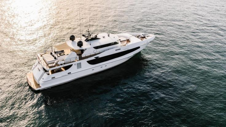 day private charter l Overnight Private Charter l Luxurious Cruise