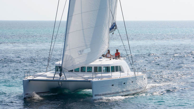 Luxury Sailing at Low Isles on the Great Barrier Reef