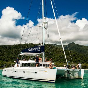 Luxury 5 star snorkel tour on the Great Barrier Reef