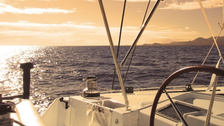 Luxury Yacht Sailing from Port Douglas on the Great Barrier Reef