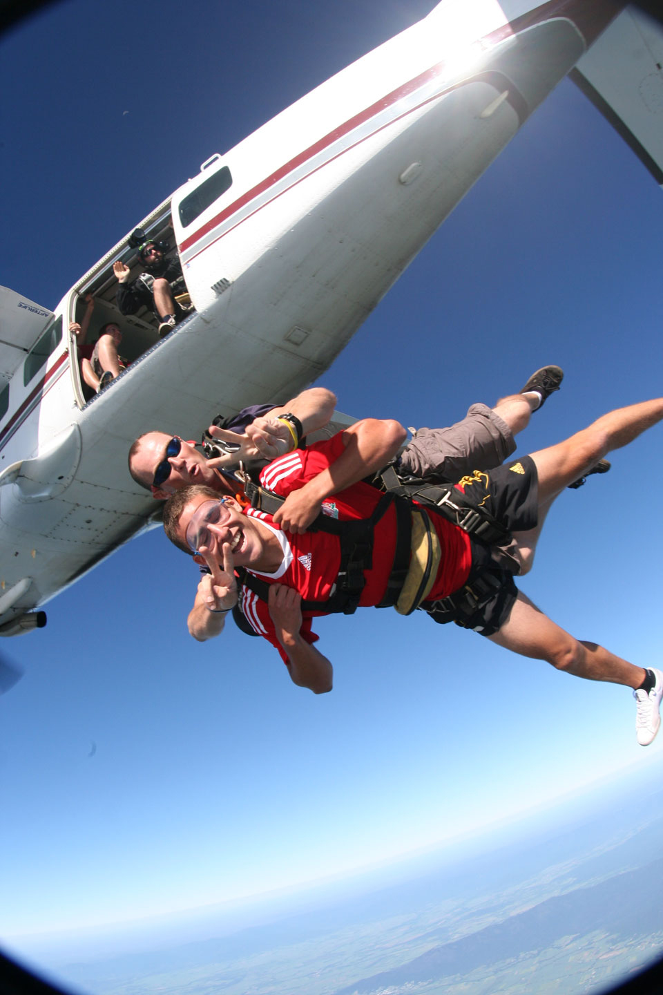 Tandem Skydiving In Cairns Mission Beach