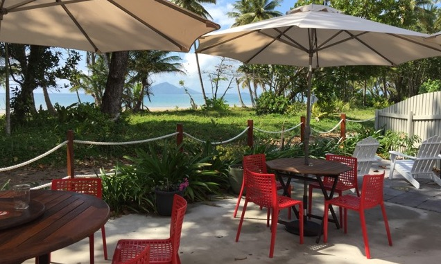 Enjoy breakfast or lunch in Mission Beach