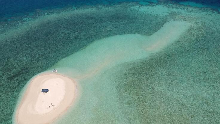 Great Barrier Reef Superyacht Cruises - Sand Cay