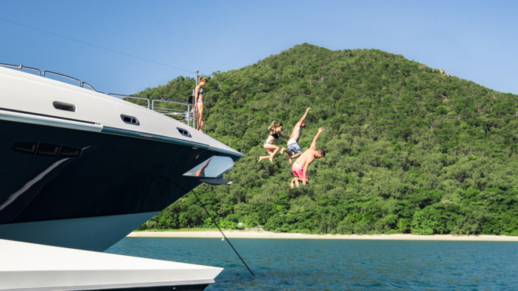 Superyachts Great Barrier Reef - Diving off your luxury super yacht into the waters of the Great Barrier Reef in Australia