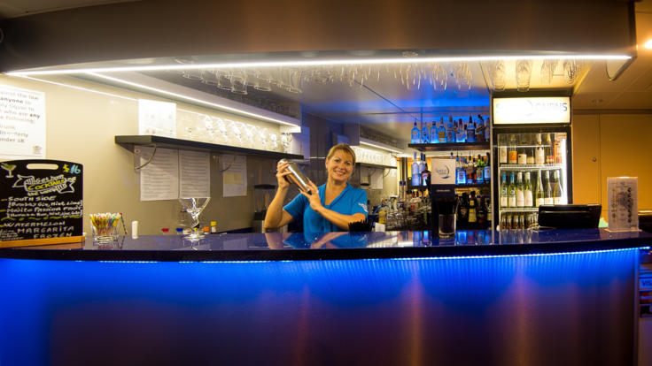 Enjoy a drink from the bar | Cairns Dinner & Lunch Cruise