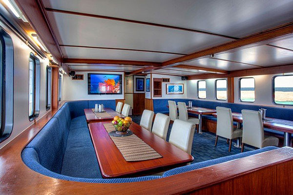 dining room on liveaboard dive boat