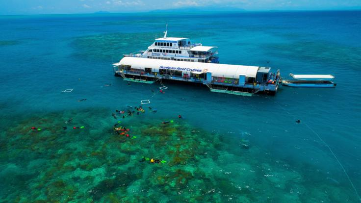 Arlington Reef Pontoon - Cairns Great Barrier Reef Tour