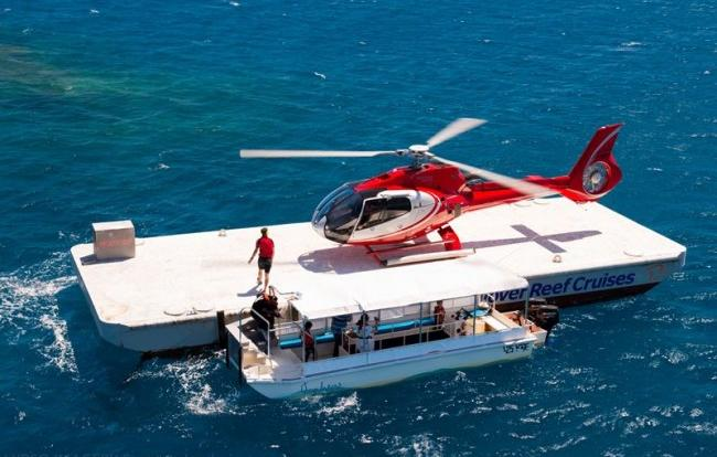 Fly and cruise on the Great Barrier Reef from Cairns to a pontoon