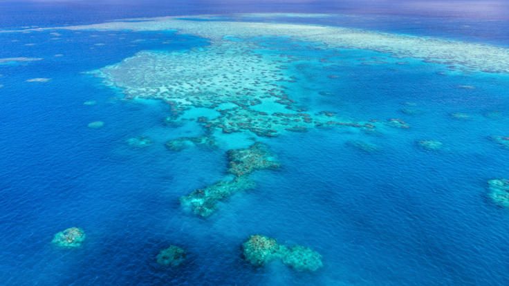 Barrier Reef Australia - Helicopter Scenic flight - Great Barrier Reef