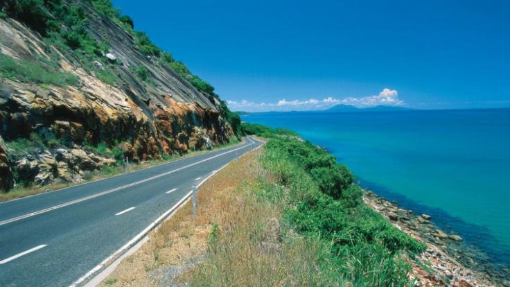 Great Barrier Reef Drive from Cairns to Cape Tribulation