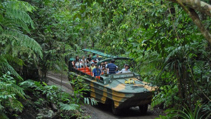 Army duck tour Kuranda Rainforest