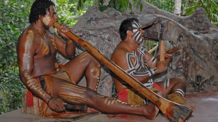 Kuranda Tours - Aboriginal dance and music at Kuranda Rainforestation Nature Park.