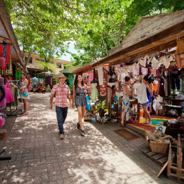 Kuranda Village Markets - local arts & crafts in the Rainforest