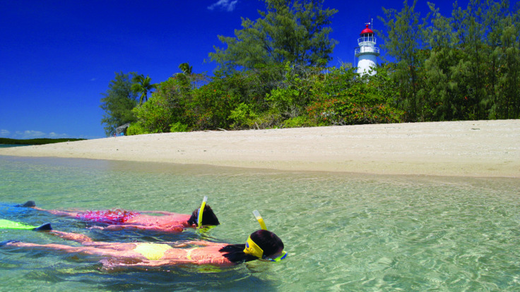 Safe snorkelling around Low Isles Port Douglas - Great Barrier Reef Australia