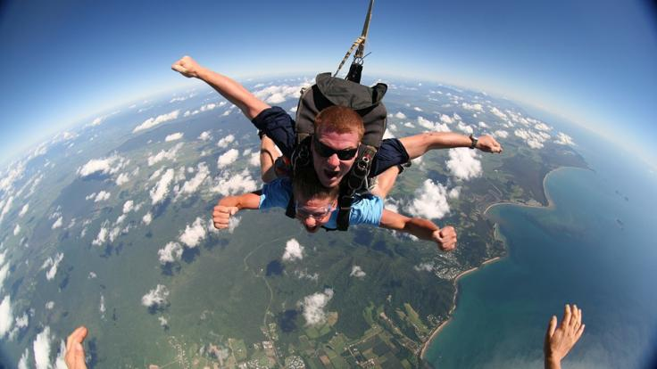 Awesome Views Skydiving in Cairns