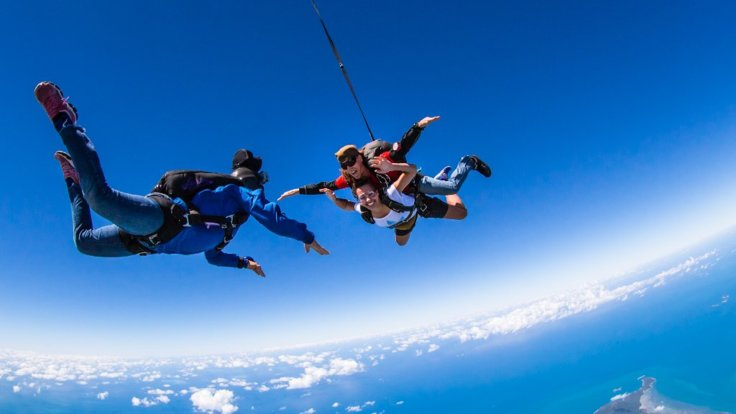 Skydive Above the Great Barrier Reef in Cairns