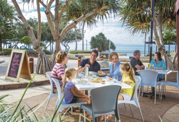Dining at Bargara, Bundaberg North Burnett