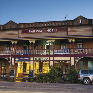 Railway Hotel, Charters Towers