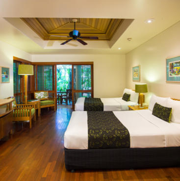 Green Island Accommodation: Island Suite - Green Island Resort