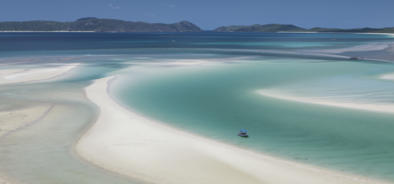 Whitehaven Beach in the Whitsunday Islands